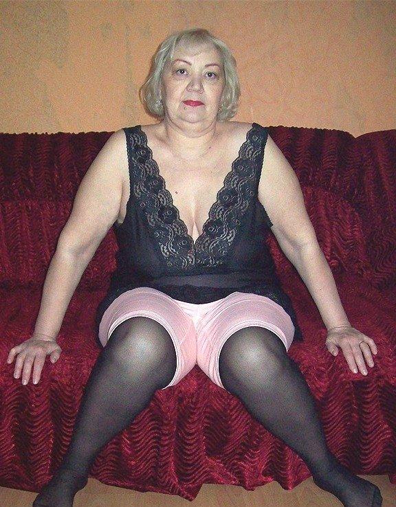 Порно мулатки в ажурных трусиках и чулочках смотреть развратные